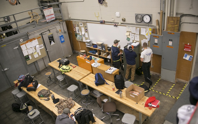 HVAC students in the shop